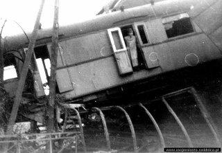katastrofa_kolejowa_na_slaskiej_002